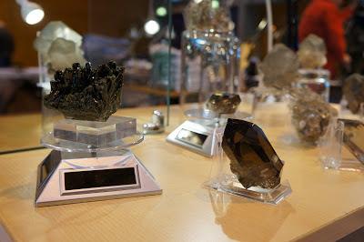 épidote de l'oisans et pointe de quartz fumé du Mont-Blanc, minéraux alpins que je propose