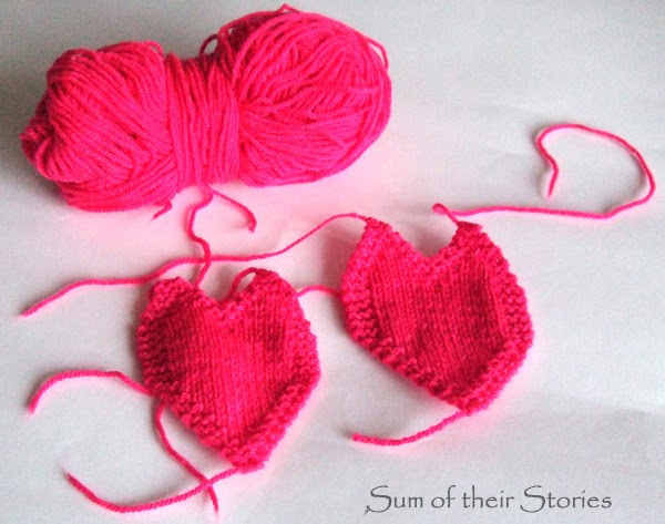 Knitted Heart Pattern from www.sumoftheirstories.com