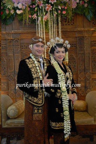 My journey...: Bedanya dandanan pengantin ala Solo & Jogja