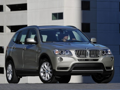 2011-BMW-X3-Front-Side-Jeep-Car-2