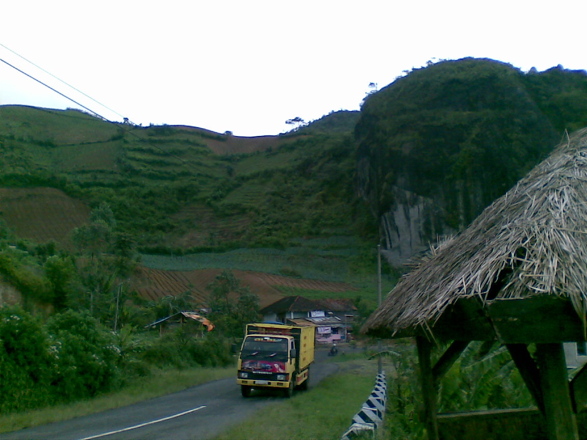 pramukaku  batu tumpang kec cikajang kabupaten garut