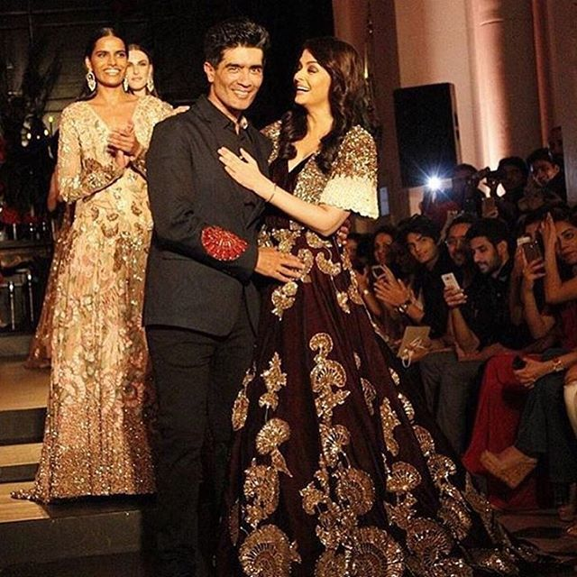 Aishwarya Rai Bacchan manish malhotra show wearing designer dress Latest images