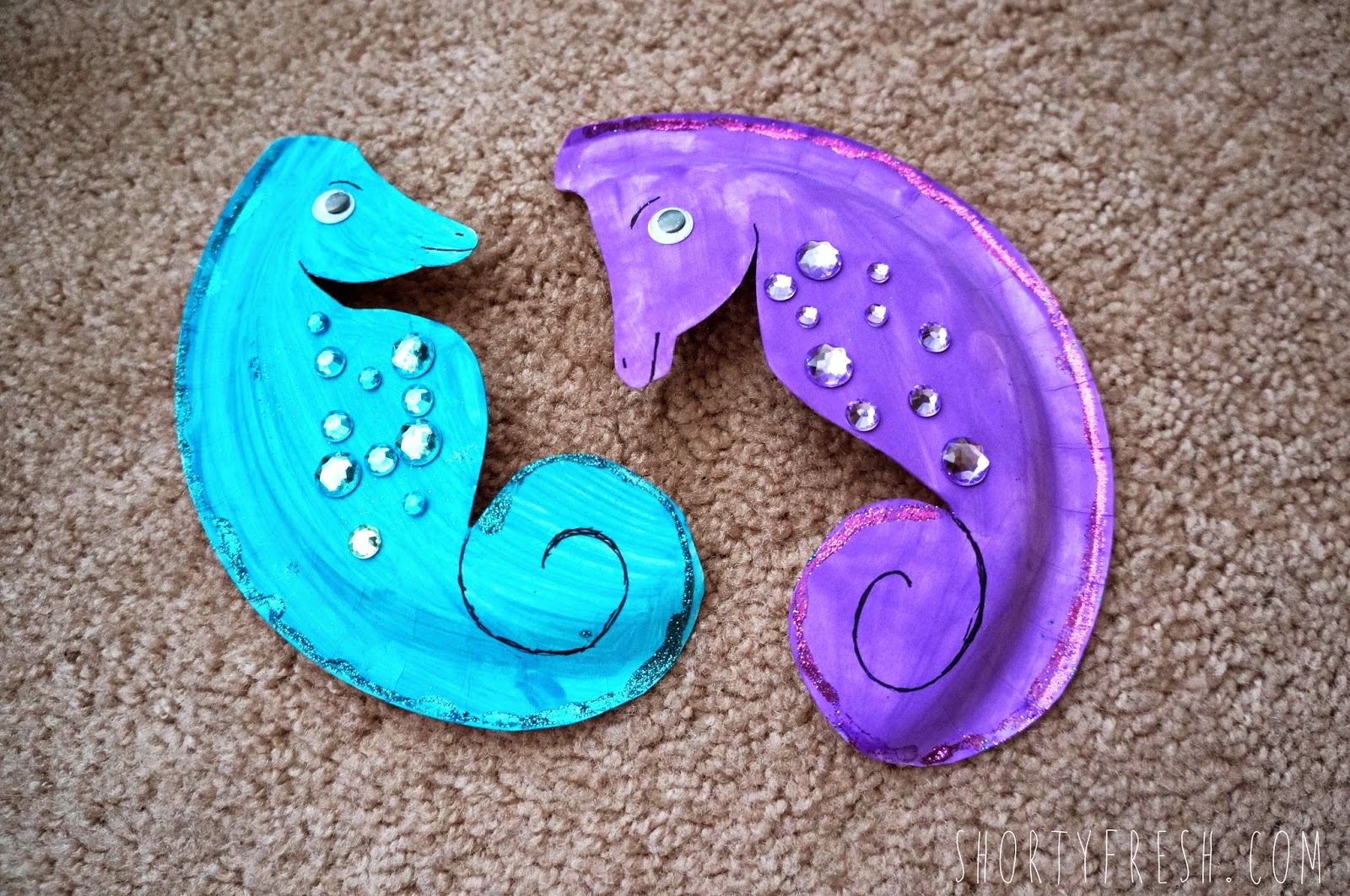 PAPER PLATE SEAHORSE : seahorse paper plate craft - pezcame.com