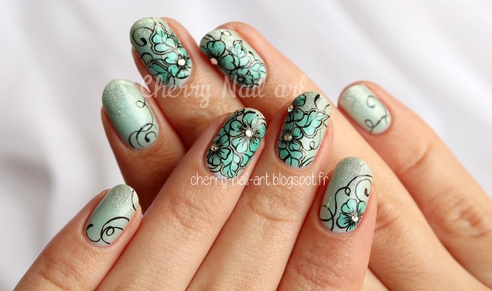nail art fleurs de printemps avec les vernis sirop etam