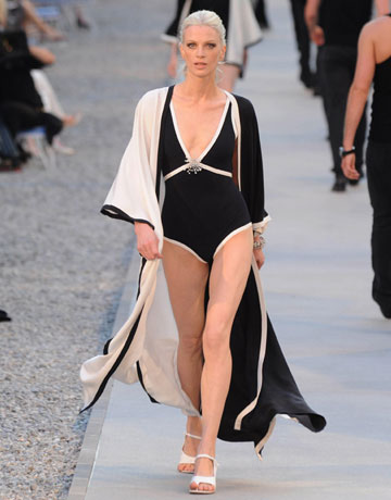 Chanel Cruise 2011 In The South Of France A Perfect St