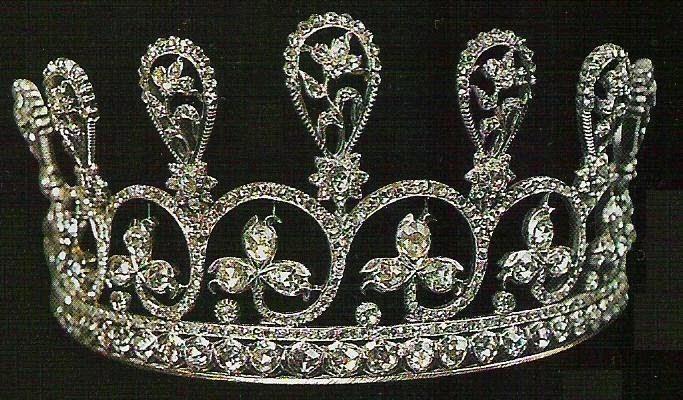 Le hameau de la reine lady sutherland e i gioielli della for Tiara di diamanti