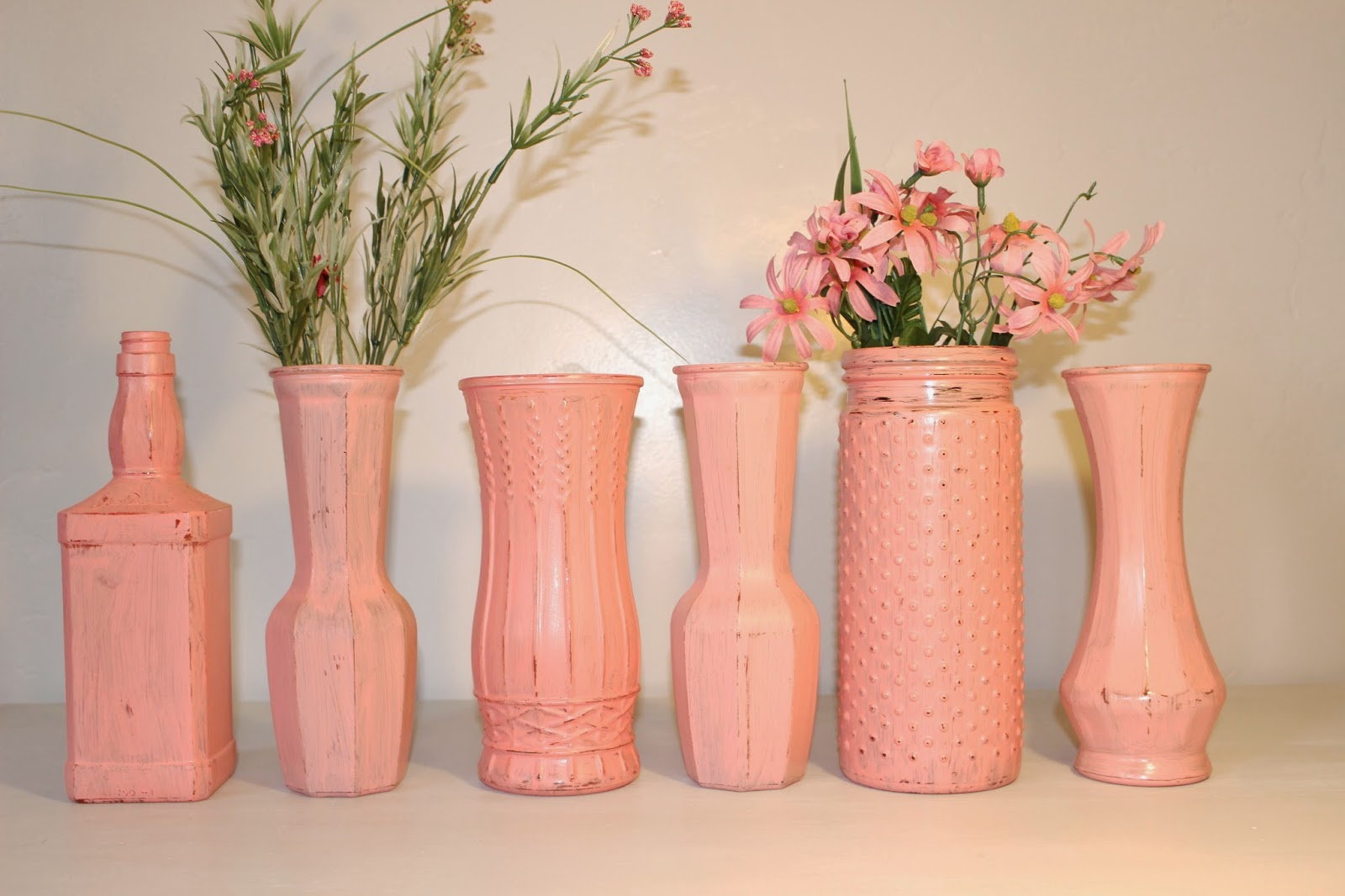 rustic vase, wedding vase, rustic wedding vase, handpainted vase, coastal wedding vase, antique vase, shabby chic vase, distressed vase, wedding decor, rustic wedding decor, rustic wedding centerpiece, coral wedding decor, coral vase, handpainted coral vase, rustic salmon vase, peach vase, rustic coral vase, coral wedding decor