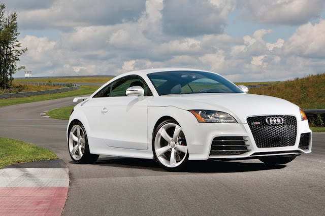 2013 Audi TT RS Coupe White Wallpaper