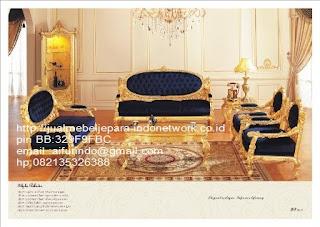 sofa klasik jepara Mebel klasik jepara sofa tamu klasik ukir sofa tamu klasik jati sofa tamu klasik modern sofa tamu klasik duco jepara mebel jati klasik jepara SFTM-33008 sofa tamu klasik cat emas mewah