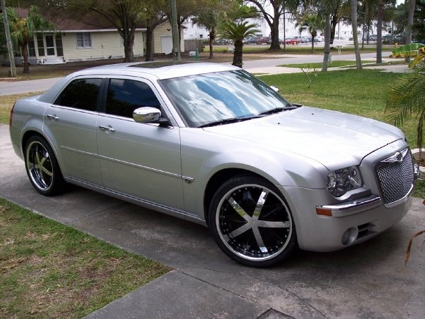 Csc Motors Past Rides 2006 Chrysler 300c 5 7l Hemi