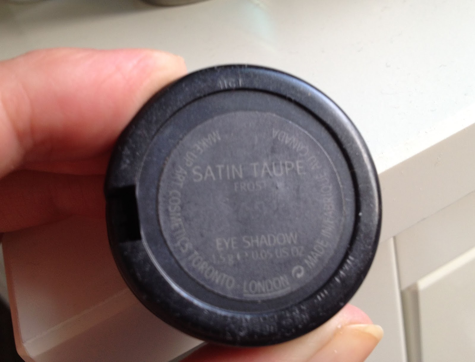 MAC Satin Taupe Frost Eye Shadow