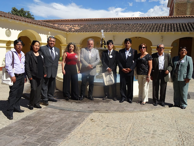 Facebook ICOM Perú