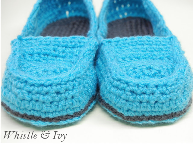 Free Crochet Pattern - Get the pattern for these comfortable and cute loafer slippers! {Pattern by Whistle and Ivy}