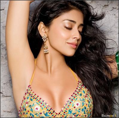 Shriya saran - globelensa.blogspot.com