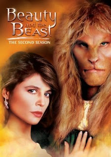 Ron Perlman and Linda Hamilton in 1987s Beauty and the Beast