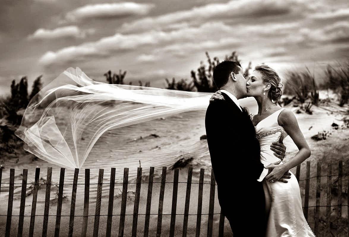 BLK WHT Romantic wedding photography