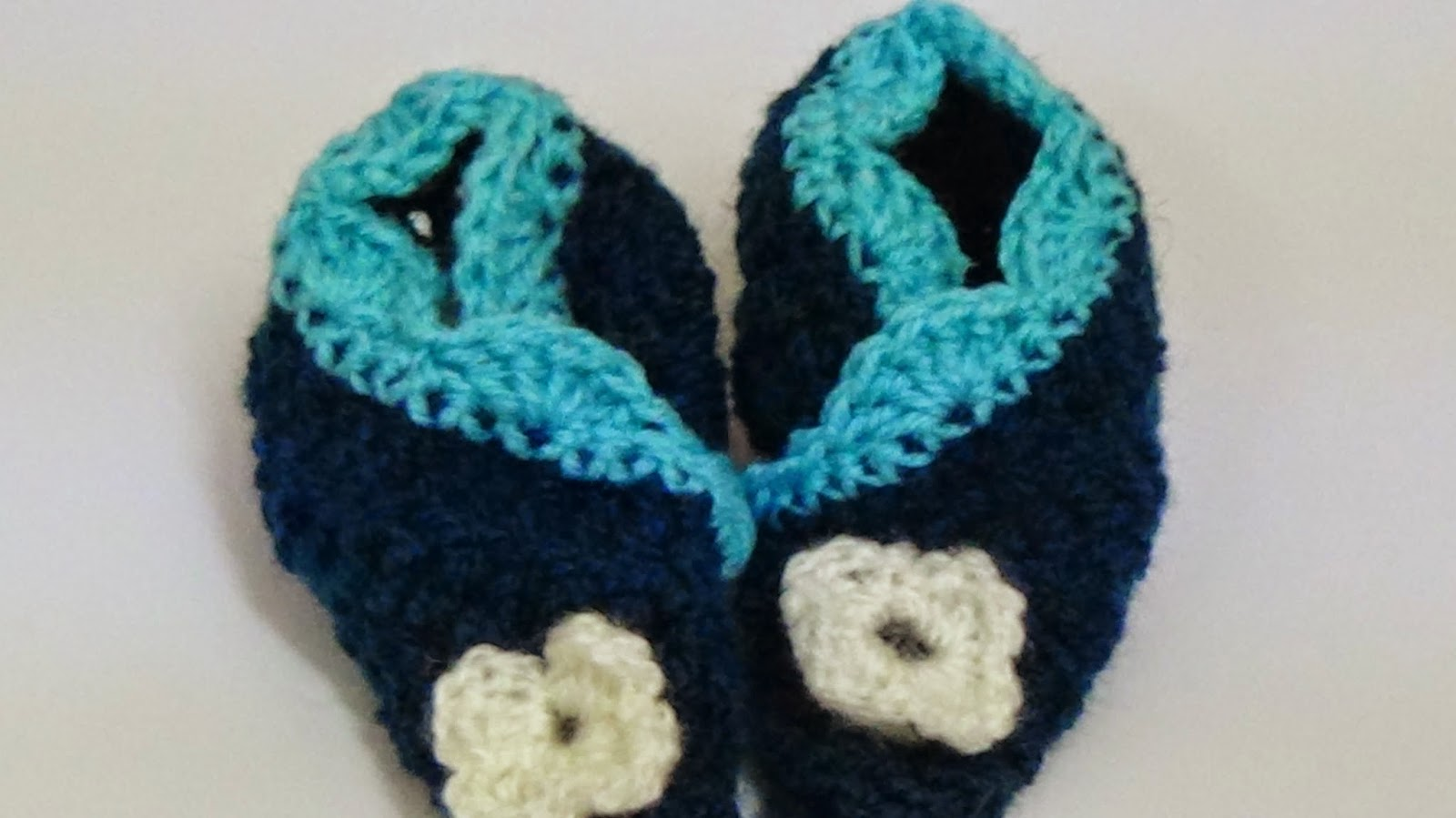 Baby Booties Dresses Christening Gown Crochet Patterns : Tasnimcrochet: Very easy crochet baby booties