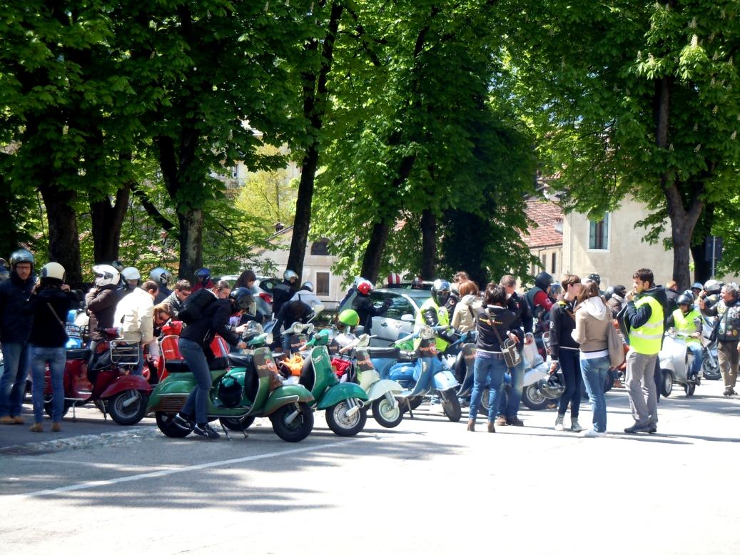 Foto vespa club montebelluna 51