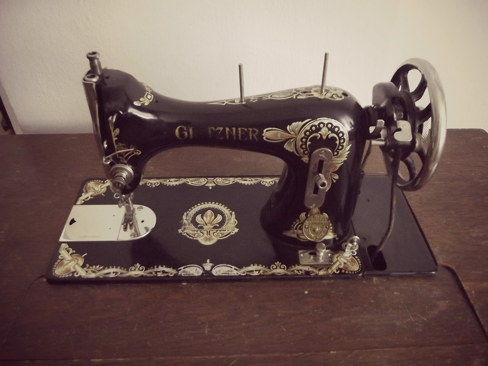 nostaljik dikiş makinası