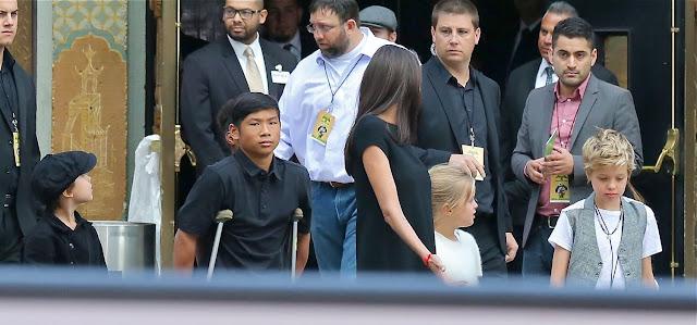 Angelina Jolie mais magra do que nunca na estréia de Kung Fu Panda 3