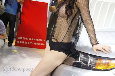 Foto Sexy SPG Baju Transparan