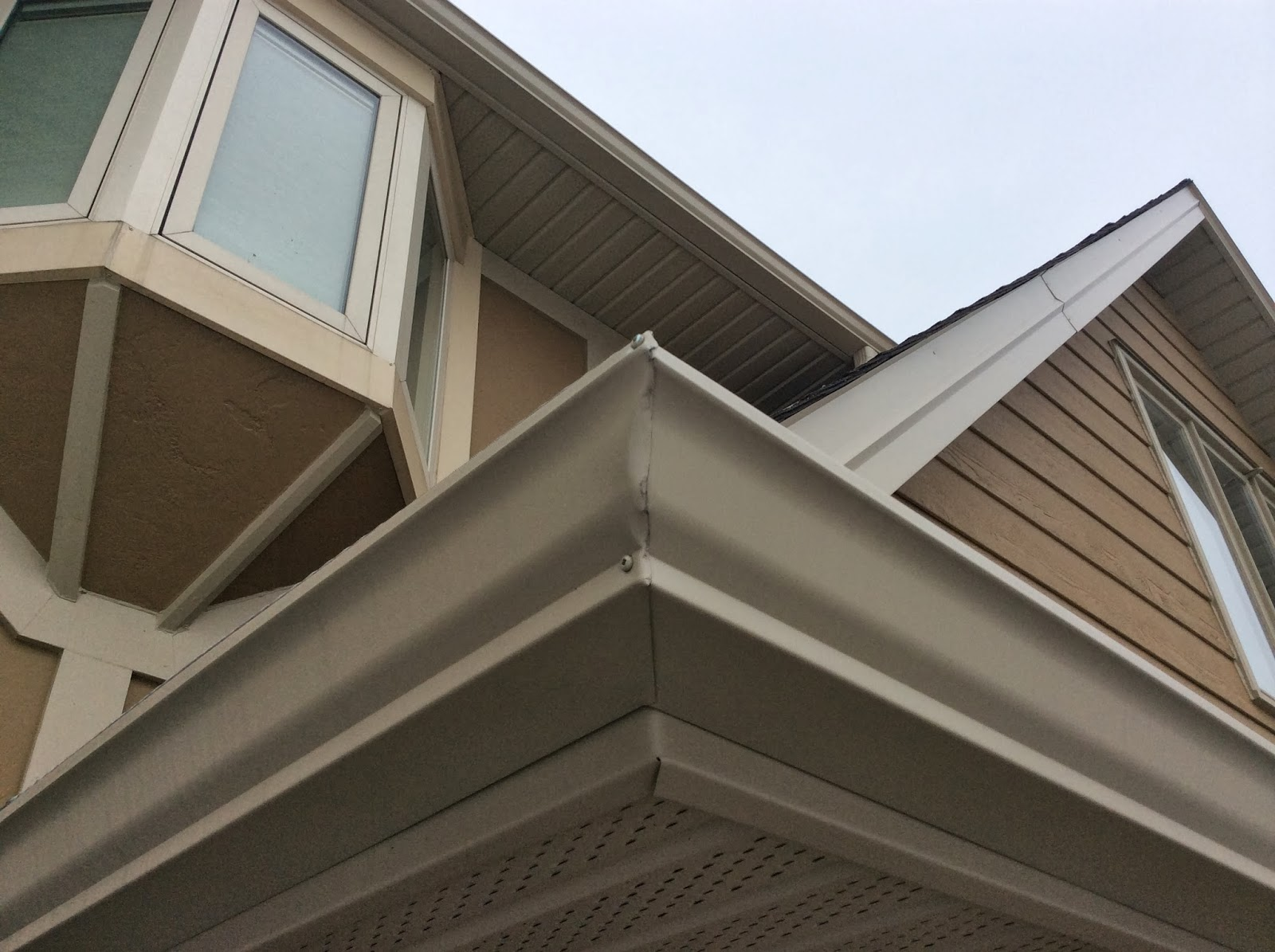 The Eavestrough Company Mitred Corners Vs Pre Made Corners