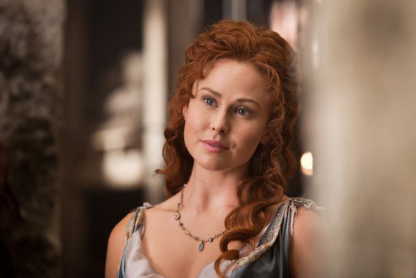 Jenna Lind  es Laeta en Spartacus War of Dammed 3x02