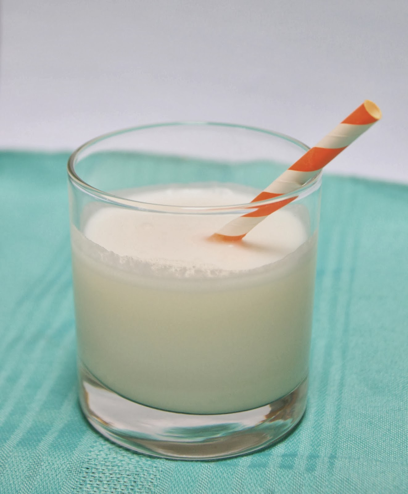 easy and delicious diy coconut milk