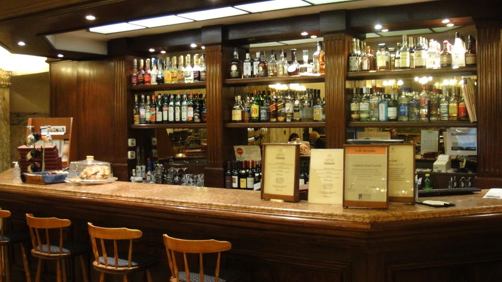 El b ho entre libros novedad editorial el bar de las - Barras de bar para salon ...