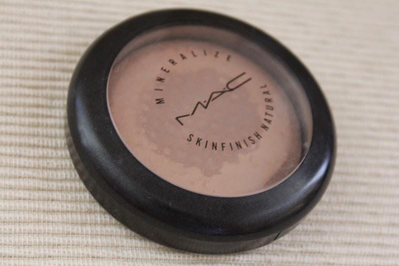 powder MAC Mineralize Skinfinish Natural Medium