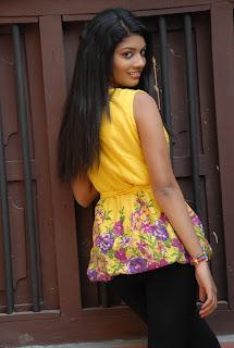 new heroine praksha sri Pictures 015