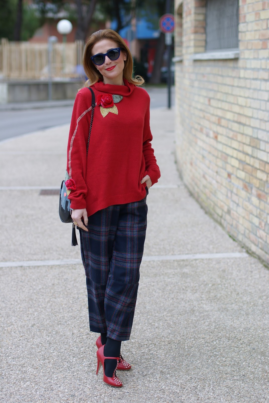Choies Plaid pants, Rosè a Pois sweater and Miu Miu Mary Jane pumps on Fashion and Cookies fashion blog, fashion blogger style