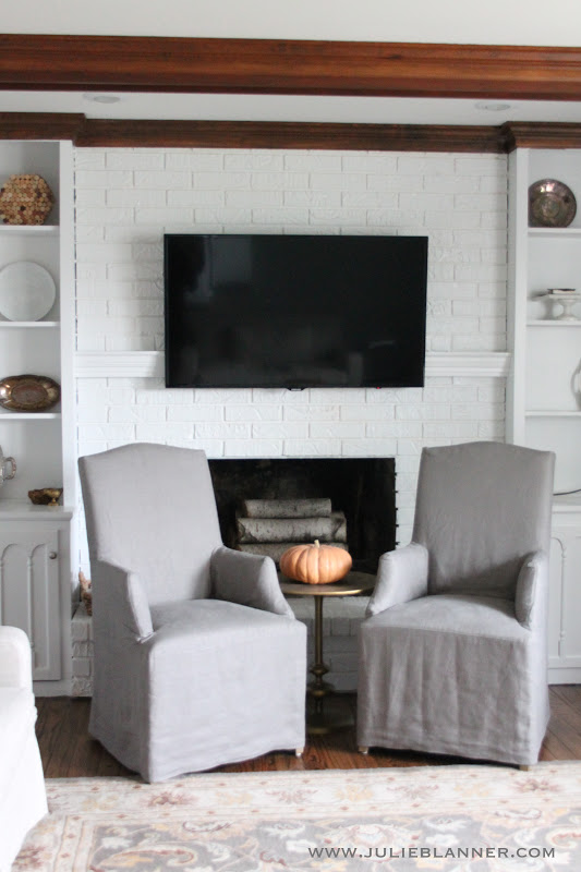 Hiding cord on wall mount for flat screen tv diy mantel Hide fireplace ideas