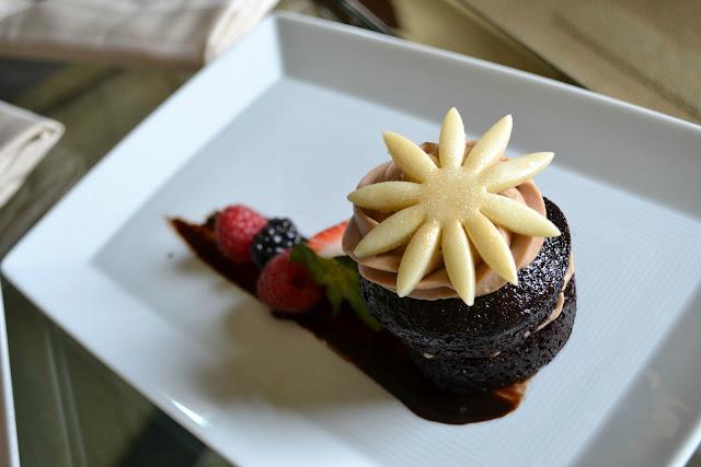 cupcakes at Andaz San Diego a Hyatt Hotel #cbias