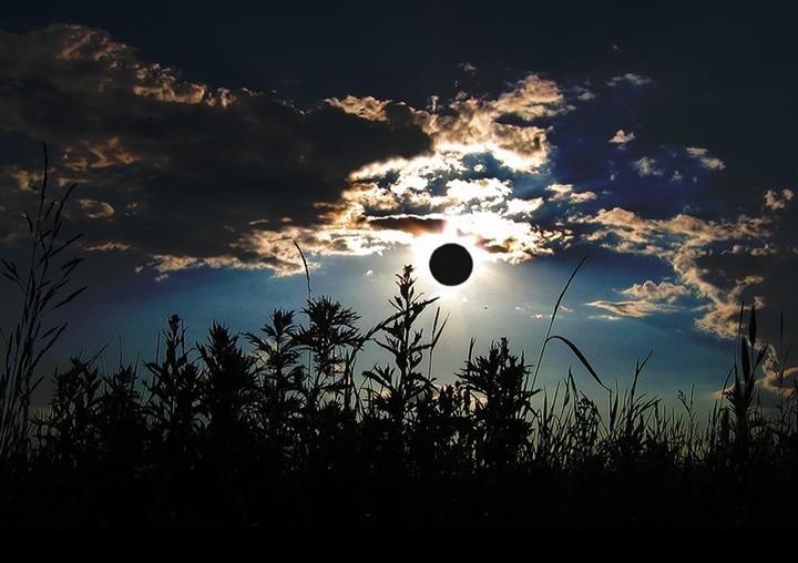 Kumpulan Foto Bulan yang Keren - Gambar Bulan