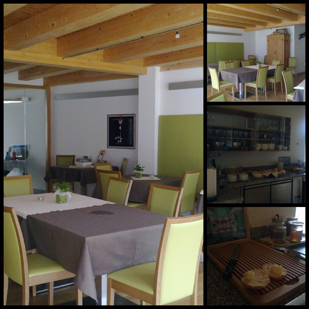 La Sala Da Pranzo Con Colazione A Buffet A Base Di Prodotti Tipici  #684828 1024 1024 Ikea Applaro Tavolo A Ribalta