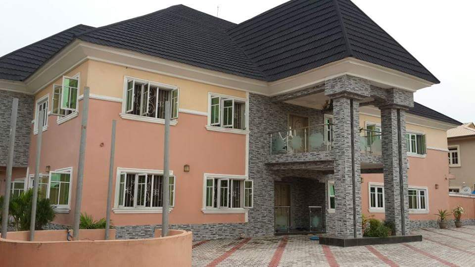 What is the cost of building a 4 bedroom for Cost to build a duplex house