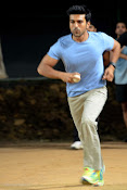 Ram Charan Tej Cricket Practice photos Stills gallery-thumbnail-2