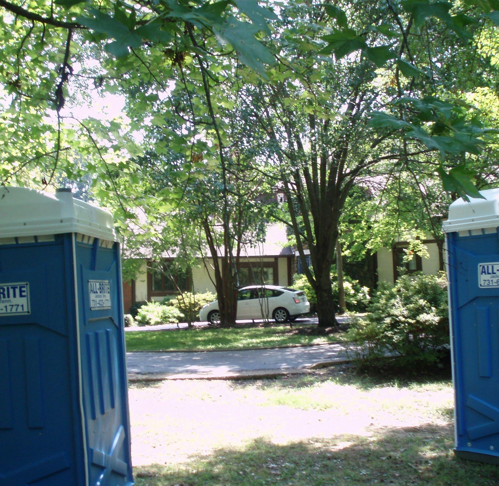 Affordable accoutrements estate sale at casa de la pradera for Porta johns for sale