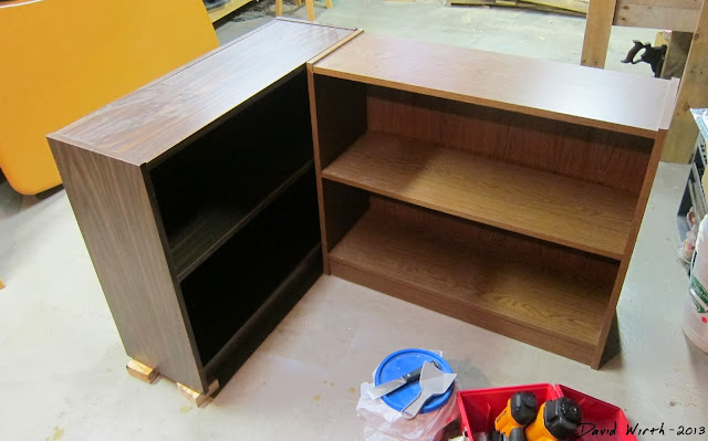 small bookshelf table, level, adjust
