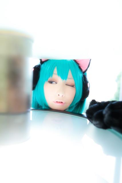 CosRain.Com Miiko's COSPLAY - Miku Hatsune