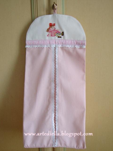 Le fragole di stoffa porta pannolini per bimba con schema - Porta pannolini ...