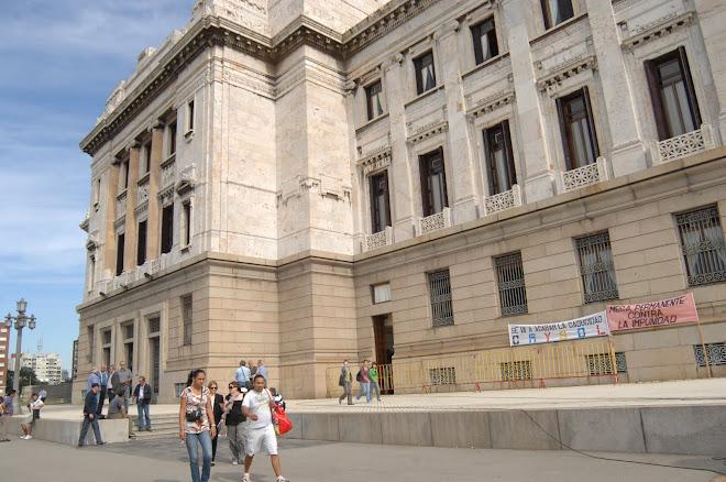 LEY DE CADUCIDAD PARLAMENTO URUGUAYO