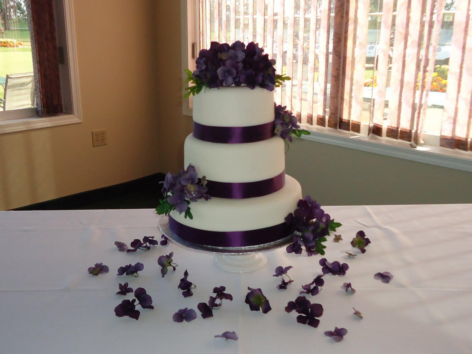Purple Theme Wedding Cake