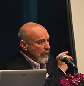 Dr. Alejandro Candegabe