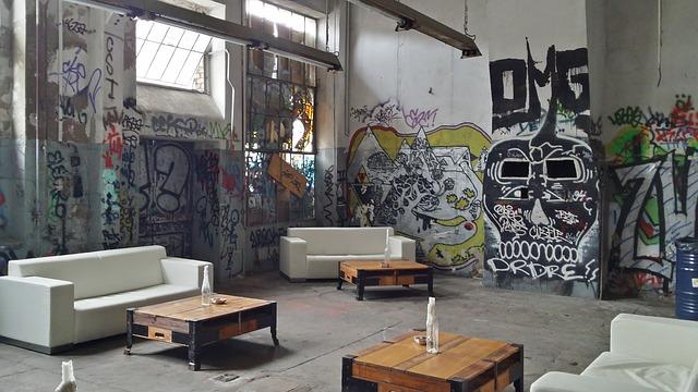 Desain Interior Cafe Jalanan Super Mewah