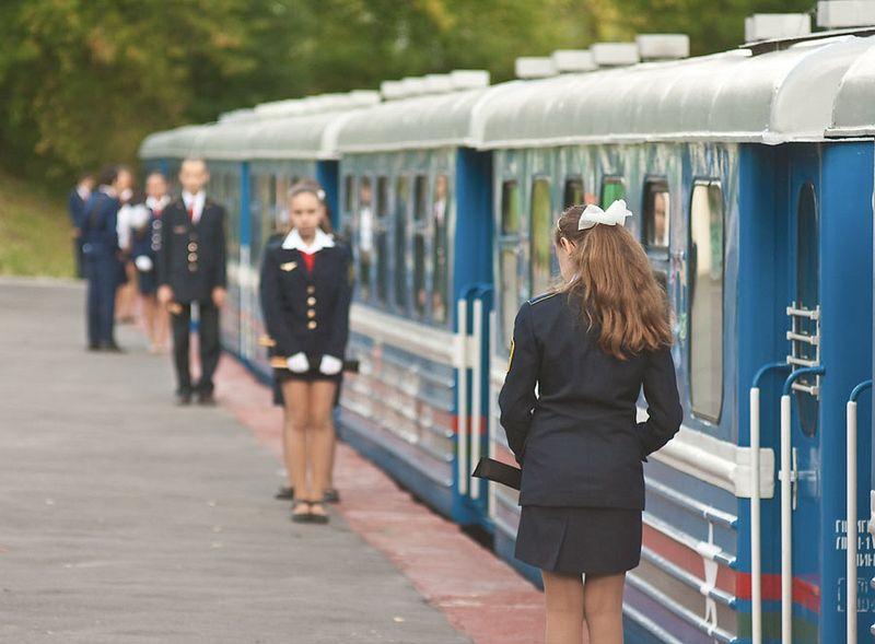 childrens-railway-2