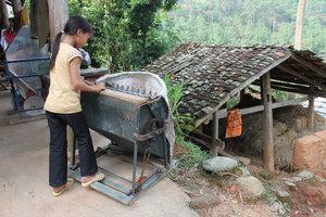 Machine for getting rice (Máy tuốt lúa)