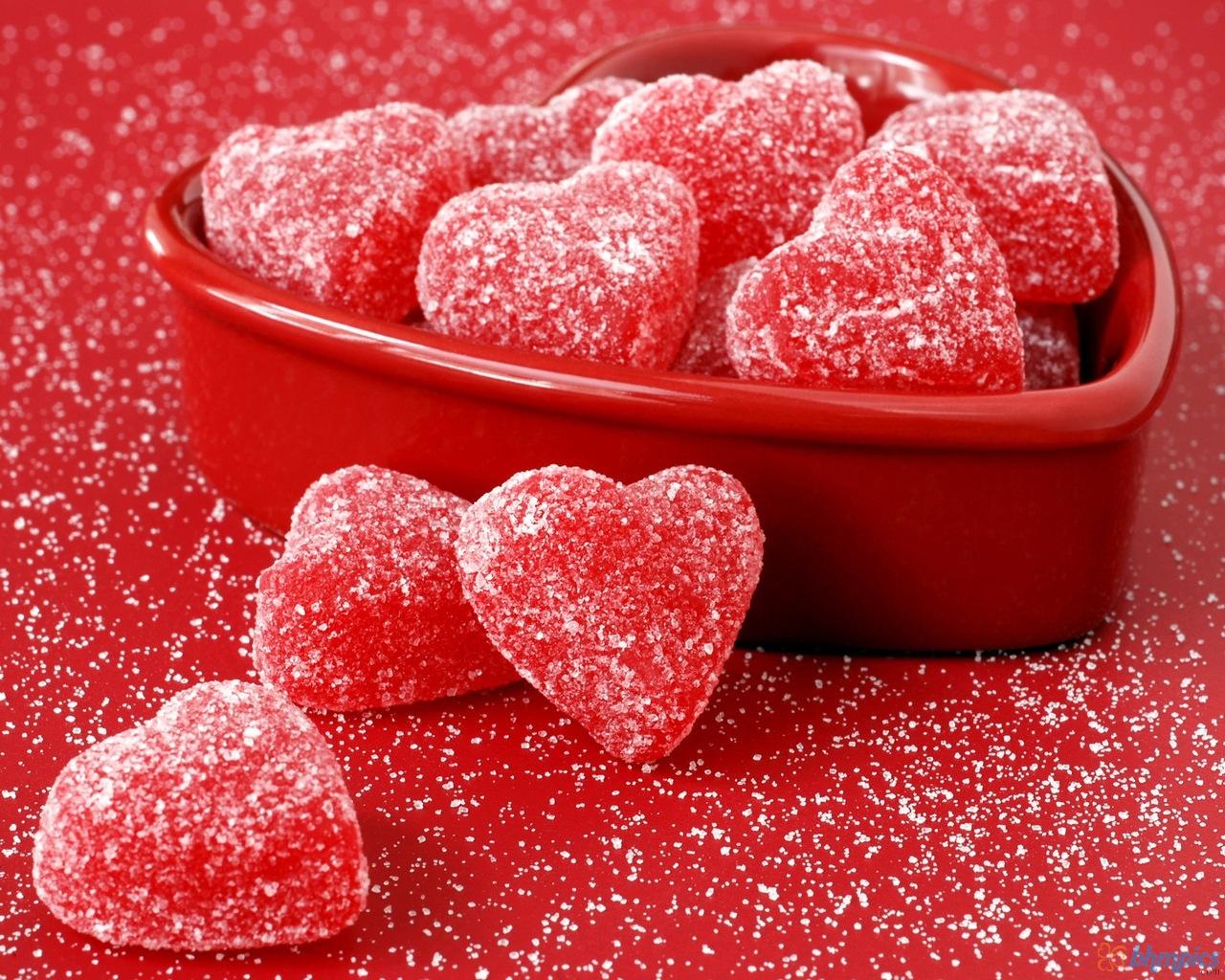 http://3.bp.blogspot.com/-4PRtkwE8xqo/TuhRf85VSxI/AAAAAAAAAns/1_-vEBKlJrU/s1600/heart_fruit_jellies-1280x1024.jpg