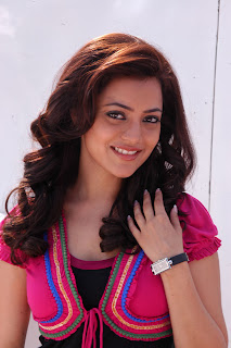 Nisha-Agarwal-Solo-Movie-Stills-CF-04.jpg